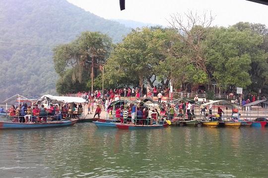 pokhara-tourist